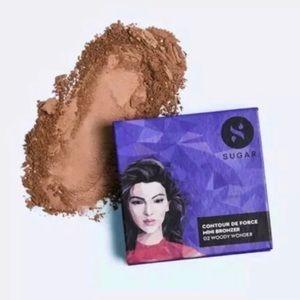 Sugar Cosmetics Contour De Force Mini Bronzer 02